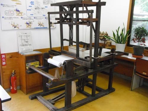 豊田式木製人力織機
