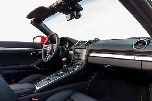 ポルシェ 718 ボクスター 内装 2016年型