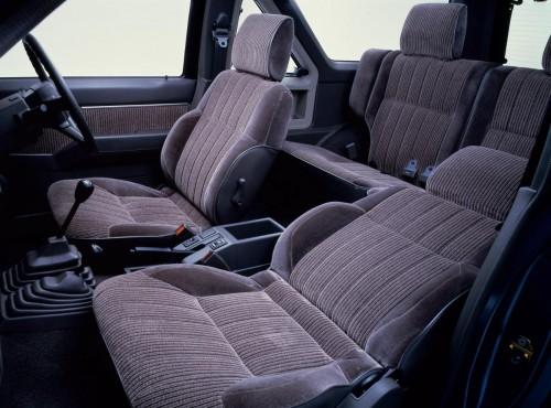 日産 テラノ WD21型 1986年型 内装