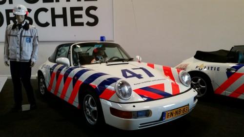 ポルシェ 911 パトカー