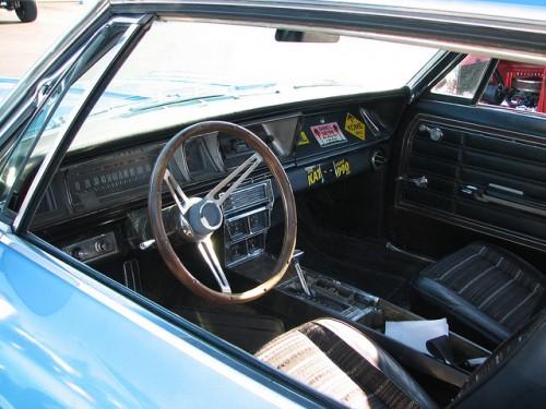 シボレー インパラ 2ドア 内装 1966年型