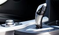車のニュートラル(N)の意味・正しい使い方とは?燃費や故障に関係はあるの?