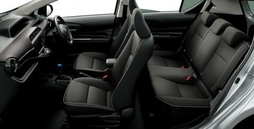 トヨタ アクア G 2014年 内装