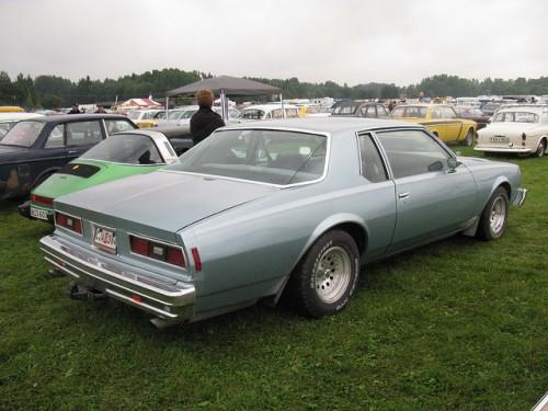 シボレー カプリス 2ドア クーペ 1977年型