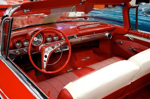 シボレー インパラ コンバーチブル 内装 1960年型