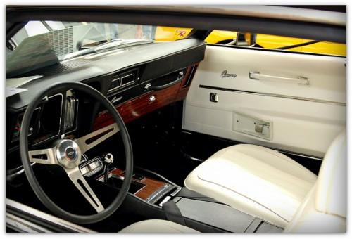 シボレー カマロ 内装 1968年型