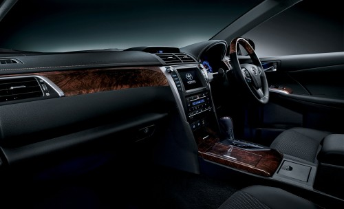 トヨタ カムリ 特別仕様車 ハイブリッド Gパッケージ PREMIUM BLACK 2015年 内装