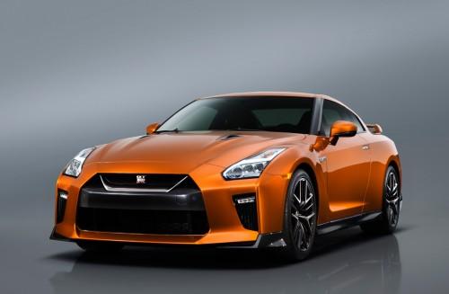 日産 GT-R 17年型 Premium Edition