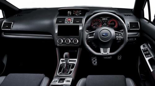 スバル WRX S4 2.0GT-S 2016年型 インパネ