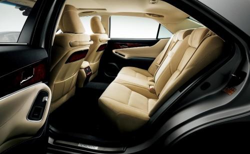トヨタ クラウン マジェスタ 2013年型 内装