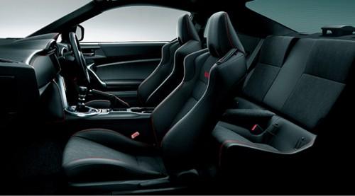 スバル BRZ-GT 2016年型 シート