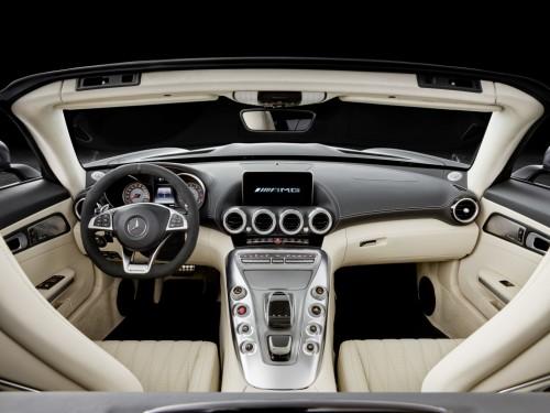 メルセデス AMG GT C ロードスター 内装 2016年型