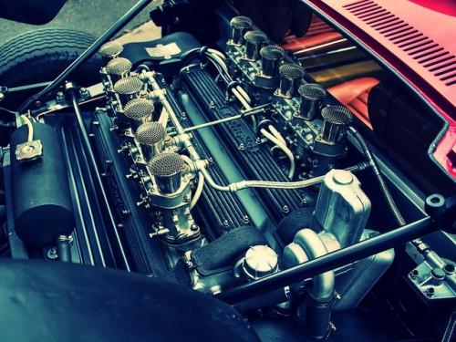 ランボルギーニ ミウラSVJ エンジン