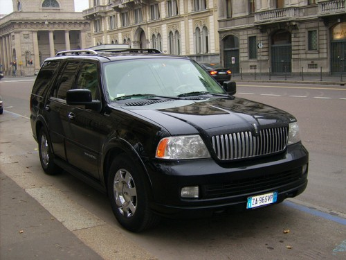 リンカーン ナビゲーター外装1 2006年型