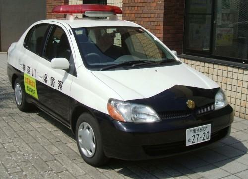 神奈川県警 パトカー (プラッツ)