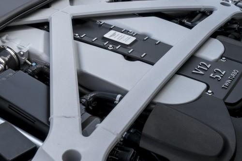 アストンマーチン DB11 エンジン