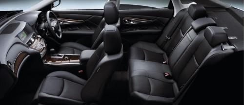日産 フーガ Y51型 内装 ブラック