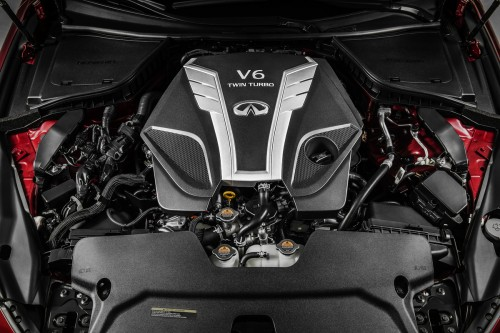 インフィニティ Q60 3.0-liter V6 twin-turbo engine