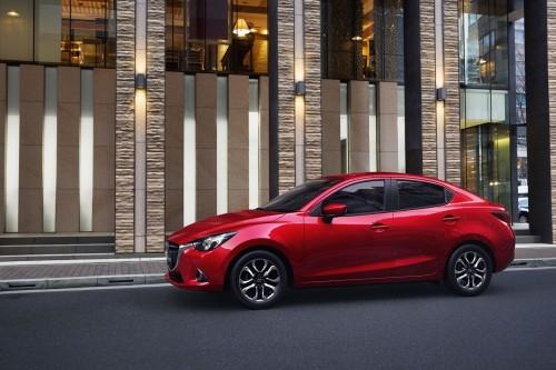 マツダ Mazda2 2014年式