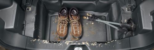 ダイハツ ウェイク レジャーエディション 標準装備 荷室ケアフロア