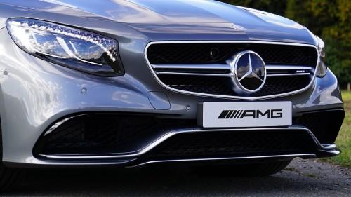 フロントバンパー イメージ AMG