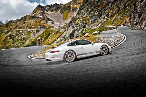 ポルシェ 911 R 2016年型-