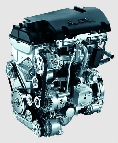 三菱 デリカD:5 コモンレール式DI-D クリーンディーゼルエンジン