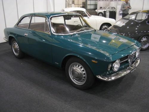 アルファロメオ GT 1300 Junior