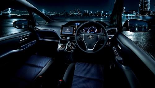 トヨタ ヴォクシー ZS 2014年 内装