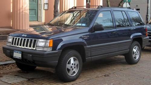 初代 グランドチェロキー 1993年-1995年
