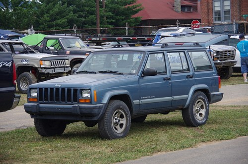 ジープ チェロキー XJ 1983年型 2代目