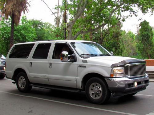フォード エクスカージョン 2001年型