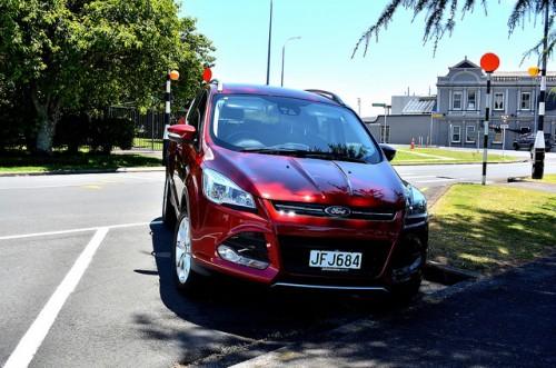フォード クーガ 2015年型