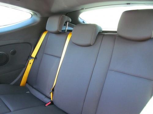ルノー メガーヌ RS 265 後部座席