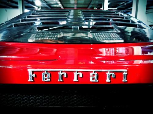 フェラーリ f40 エンブレム