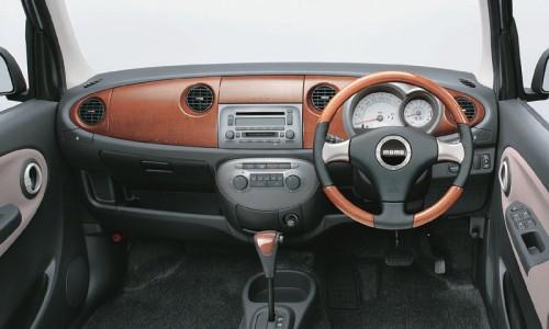 ダイハツ ミラジーノ 内装 2004年型