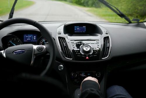 フォード クーガ 内装1 2015年型