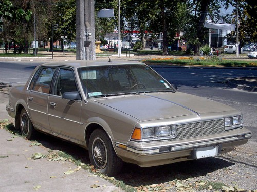 フォード ビュイック センチュリー 1984年型
