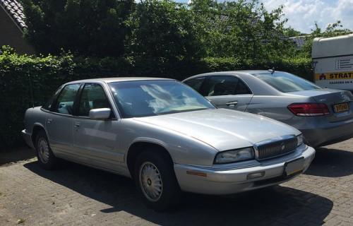 フォード ビュイック リーガル 1988年型