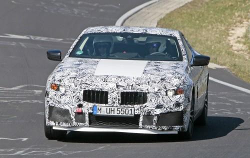 BMW M8 スパイショット