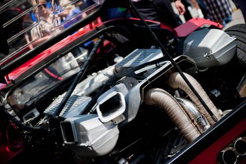 フェラーリ f40 エンジンルーム