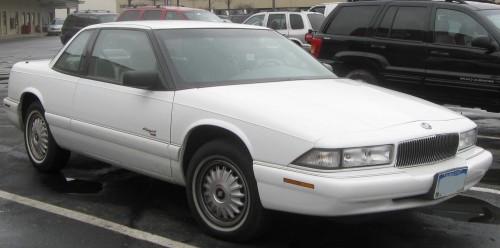フォード ビュイック リーガルクーペ 1992年型