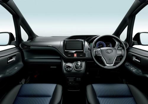 トヨタ ヴォクシー ZS ハイブリッド 2016年 内装