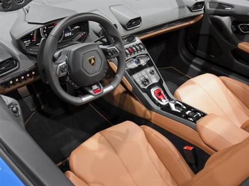 ランボルギニー ウラカン LP580-2 内装 2016年型
