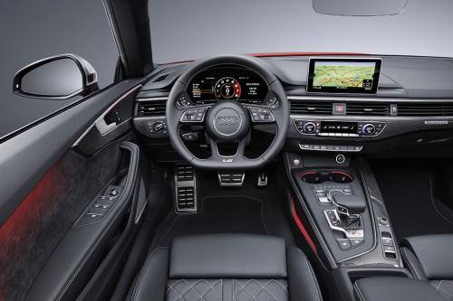 新型アウディ S5 カブリオレ 内装