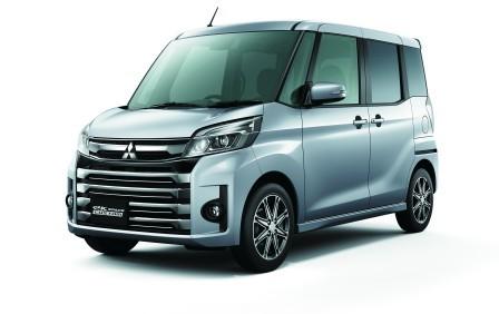 三菱 eKスペースカスタム 特別仕様車