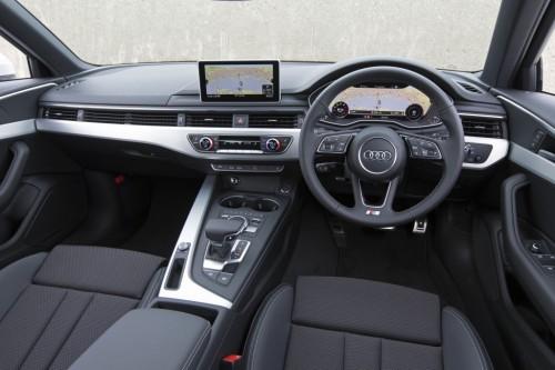 アウディ A4 アバント 新型 2016年 内装