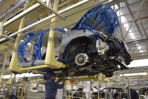 車の製造 組み立て工程 マツダ