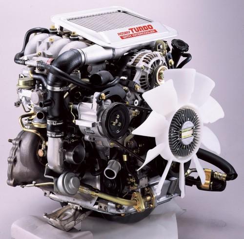 FC3S型サバンナRX-7 エンジン