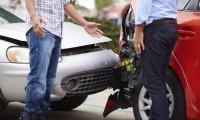 【もらい事故の対応&対処】車両保険や示談交渉の手順と慰謝料など注意すること